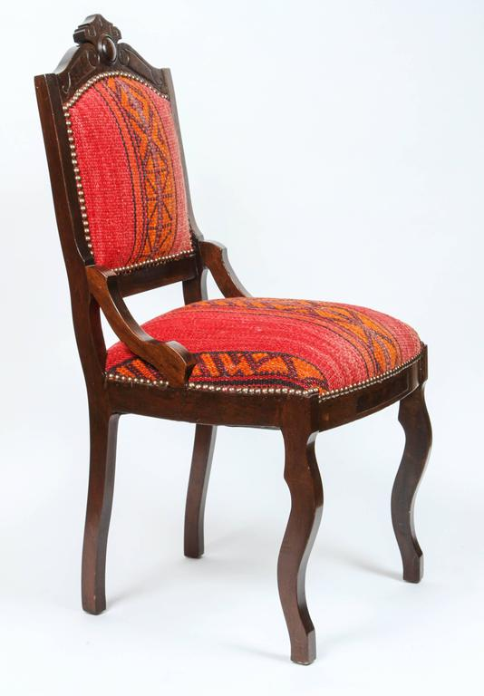 Antique Eastlake Chair in Eastern African Fabric In Excellent Condition For  Sale In Pasadena, CA - Antique Eastlake Chair In Eastern African Fabric For Sale At 1stdibs