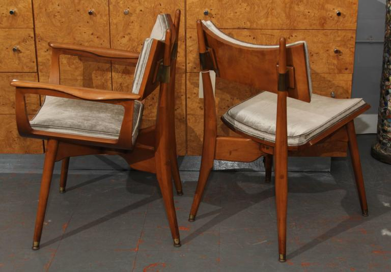 Set of Four Mid-Century Chairs 5
