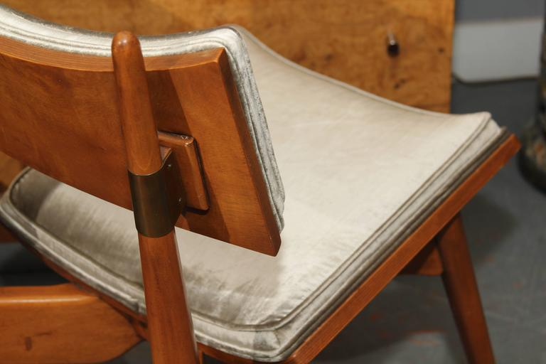 Set of Four Mid-Century Chairs 7