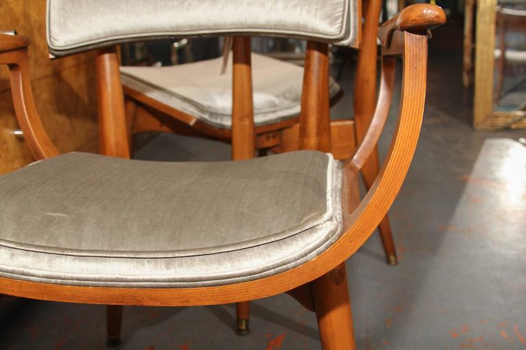 Set of Four Mid-Century Chairs 10