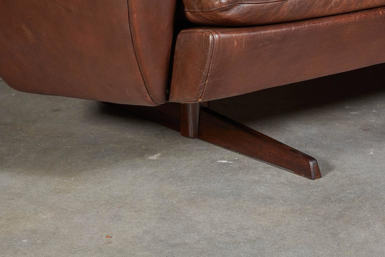Atomic Brown Leather Sofa by Fredrik Kayser 4