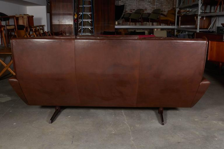 Atomic Brown Leather Sofa by Fredrik Kayser 7