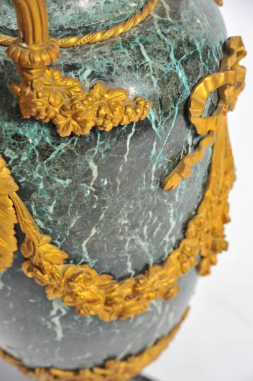 Large Pair of 19th Century Green Marble and Ormolu Urns For Sale 1