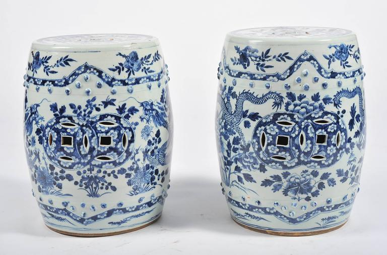 Hand-Painted Pair of 19th Century Chinese Blue and White Garden Seats For Sale