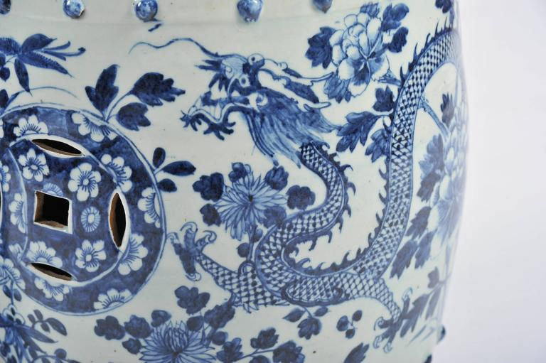 Porcelain Pair of 19th Century Chinese Blue and White Garden Seats For Sale