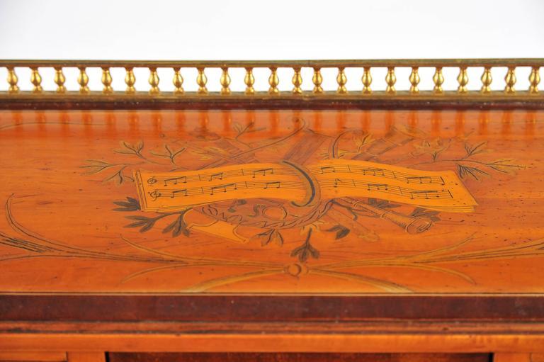 19th Century Edwardian Satinwood Carlton House Desk For Sale