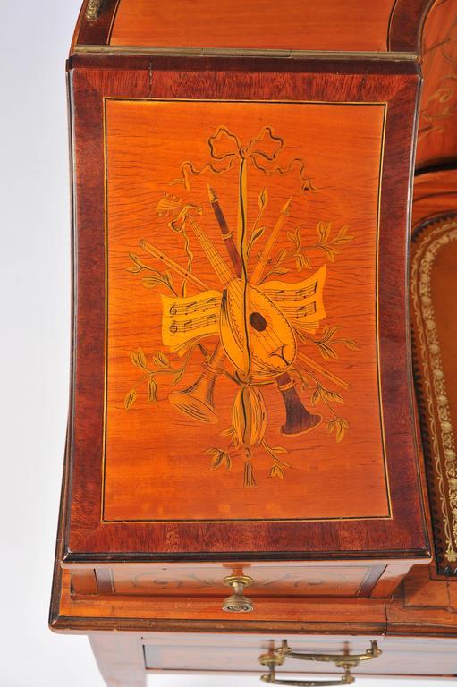 Edwardian Satinwood Carlton House Desk For Sale 1