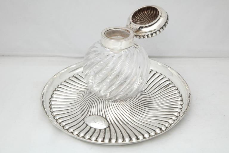 Rare Very Large Unusual Victorian Sterling Silver-Mounted Inkwell on Stand In Good Condition For Sale In New York, NY