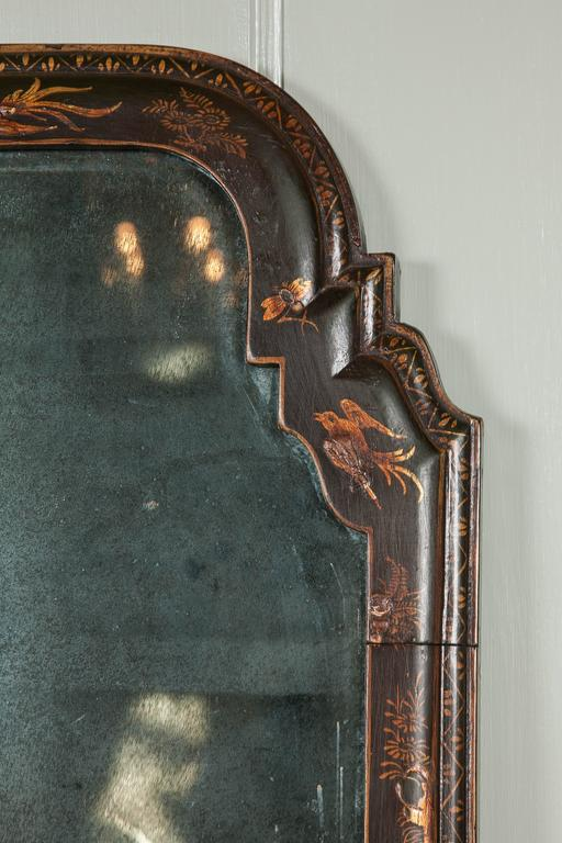 Rare Queen Anne Wall Mirror of Small Size In Excellent Condition For Sale In London, GB