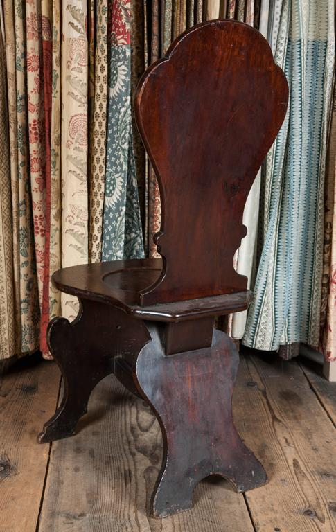 Pair of George II Mahogany Hall Chairs For Sale 3
