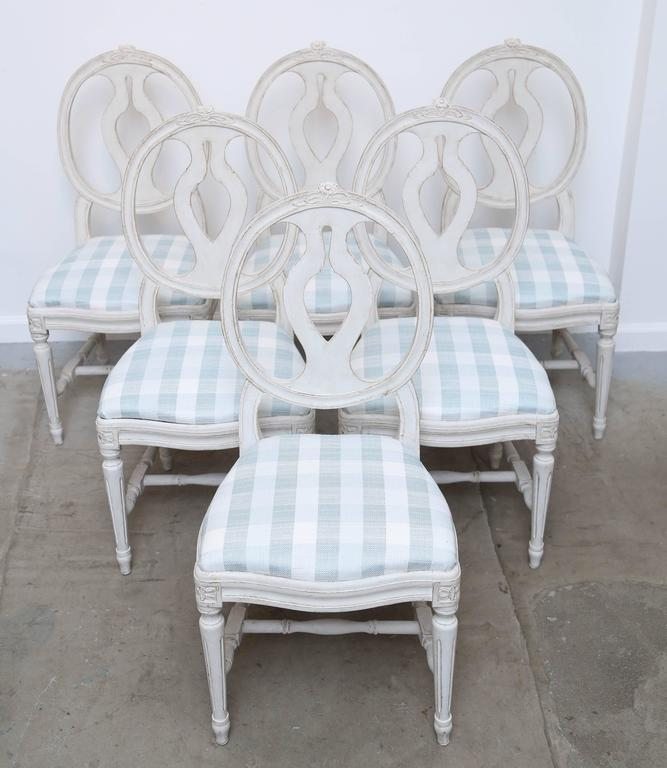 Set Of Six Antique Swedish Gustavian Style Painted Dining Chairs Late 19th  Century Classic Medallion Back
