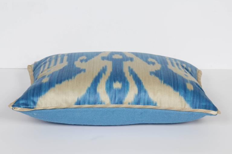A Newly Made Lumbar Cushion in Vintage Ikat Fabric In Excellent Condition For Sale In New York, NY
