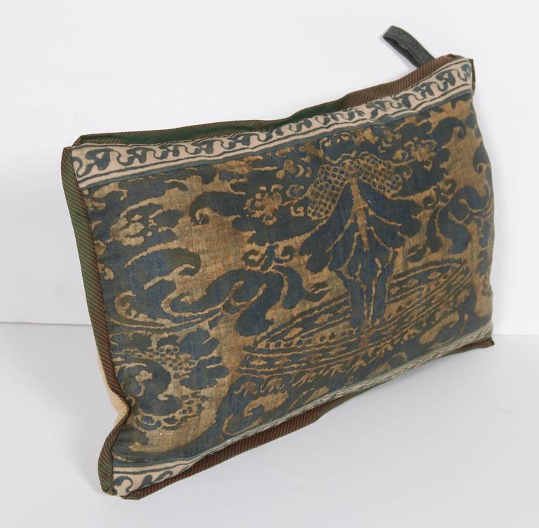 A Fortuny Fabric Lumbar Cushion in the Corone Pattern 3