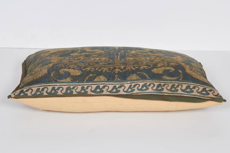 A Fortuny Fabric Lumbar Cushion in the Corone Pattern 5