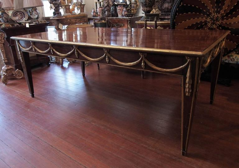 Italian Louis XVI Mahogany and Parcel-Gilt Dining Table For Sale 3
