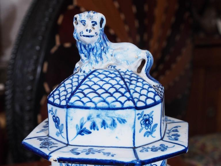 Pair of Delft Garniture Vases with Lion Finials 3