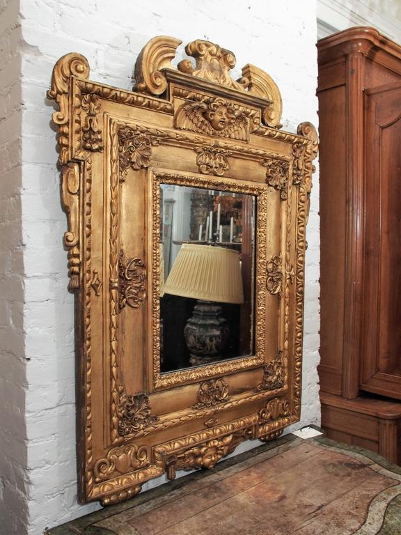 Italian Giltwood Mirror with Cherub 7