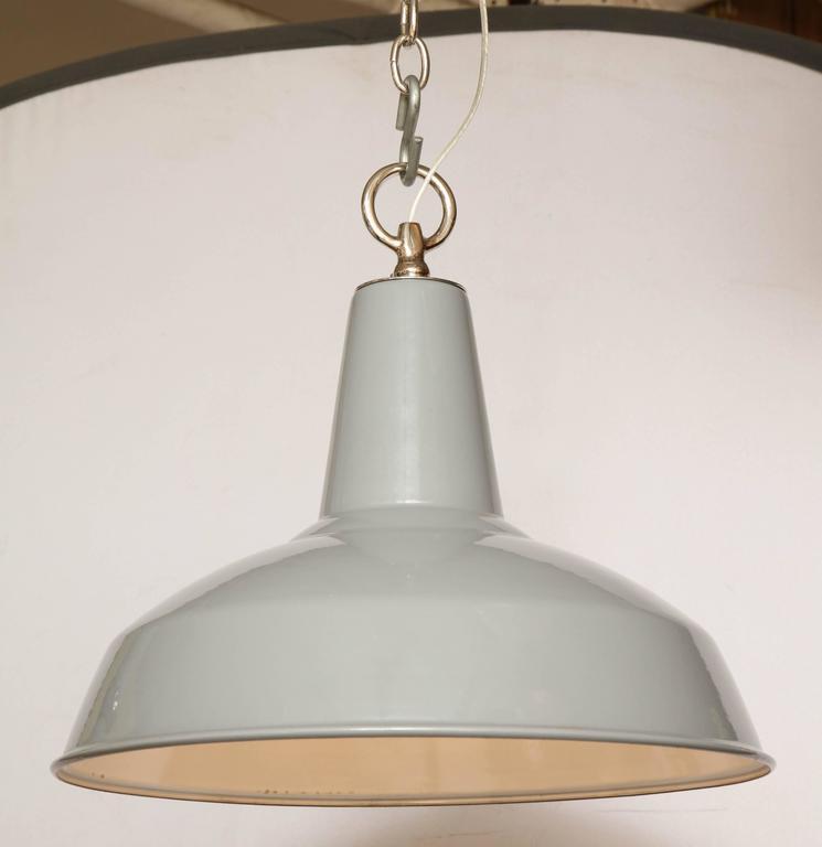 English Vintage Benjamin Light For Sale