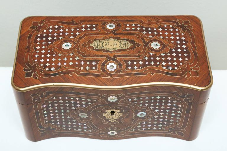 Superb Napoleon III Inlaid Tea Caddy In Good Condition For Sale In West Palm Beach, FL