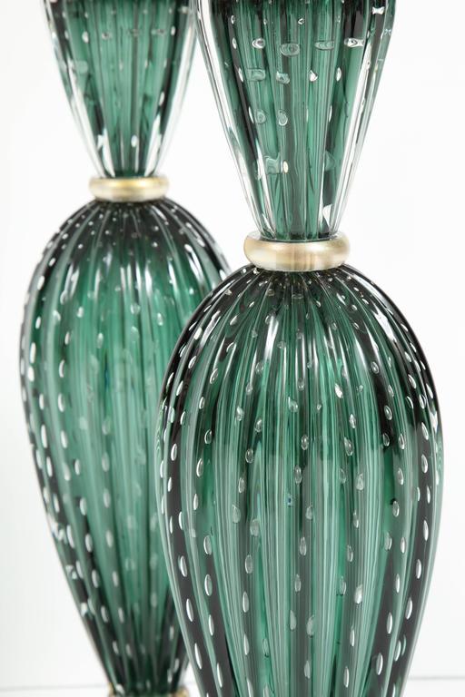 Rare Pair of Tall Italian Handblown Emerald Green Murano Glass Lamps 10