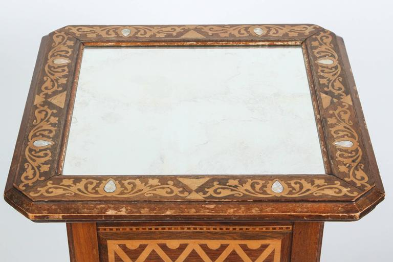 19th Century Levantine Inlaid Moorish Side Table In Good Condition For Sale In North Hollywood, CA