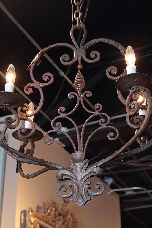 Early 20th Century French Verdigris Six-Light Iron Chandelier with Fleur-de-Lys For Sale 5