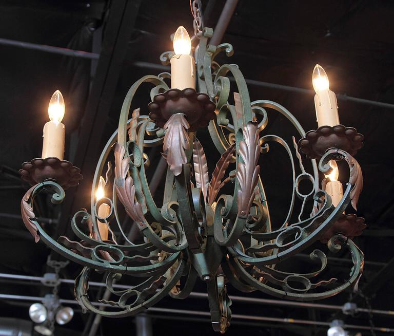 Early 20th Century French Verdigris Six-Light Iron Chandelier For Sale 1