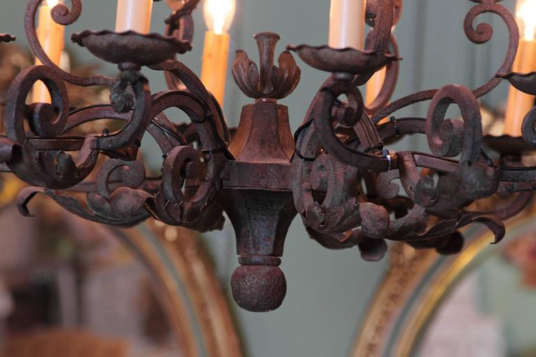 Early 20th Century French Verdigris Ten-Light Iron Chandelier For Sale 1