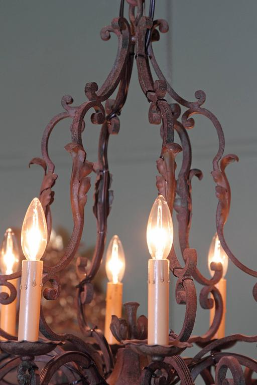 Early 20th Century French Verdigris Ten-Light Iron Chandelier For Sale 3
