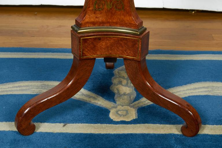 Burled Walnut Tea Table with Dish Top For Sale 1