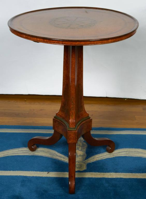 Burled Walnut Tea Table with Dish Top For Sale 2