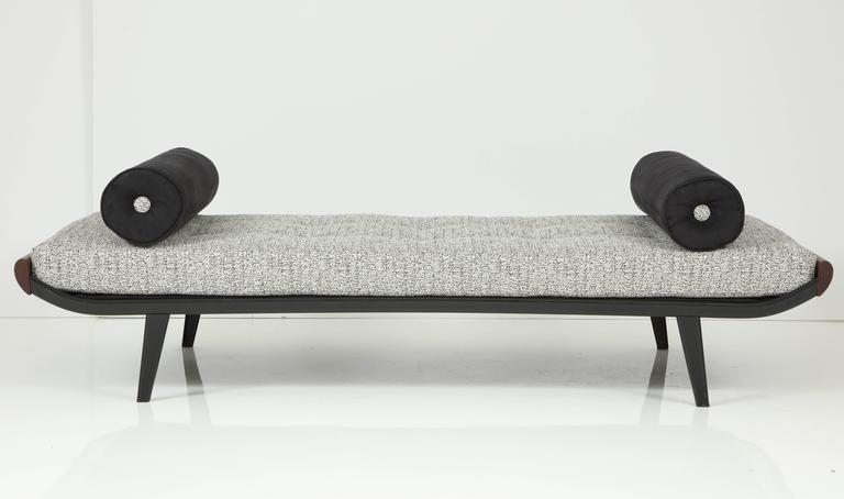 "Mid-Century Modern A.R Cordemeijer ""Cleopatra"" Daybed for Auping For Sale"