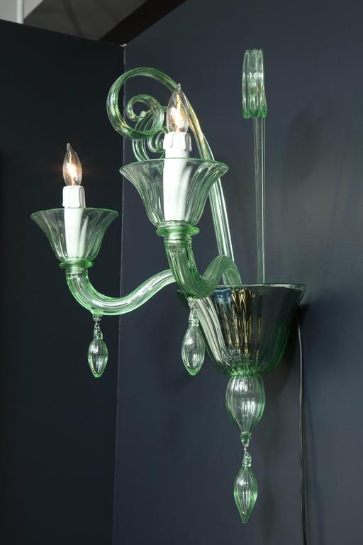 Pair of Mid-Century Green Murano Glass Sconces in the Manner of Venini For Sale 3
