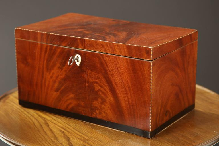 Danish Empire Mahogany and Inlaid Box, Early 19th Century In Good Condition For Sale In New York, NY