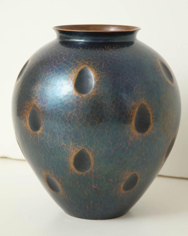 Japanese Art Deco Hammered Copper Vase 2