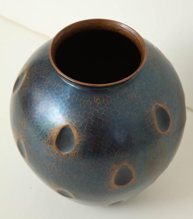 Japanese Art Deco Hammered Copper Vase 5
