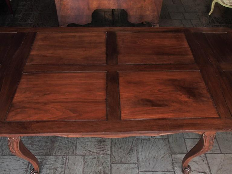 Antique French Country Draw-Leaf Table Fruitwood and Mahogany In Good Condition For Sale In New Orleans, LA