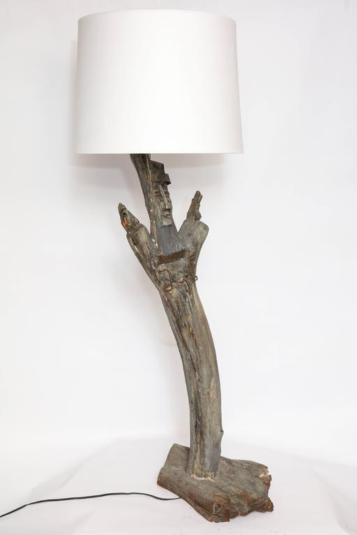 Smokey Tunis Table Lamp Mid-Century Modern Sculptural Carved Wood, 1970s 6