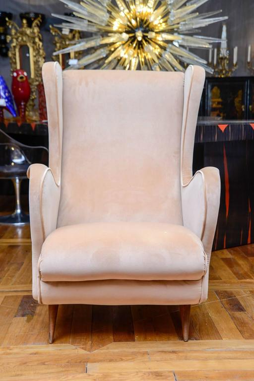 Mid-Century Modern Pair of Vintage Armchairs For Sale