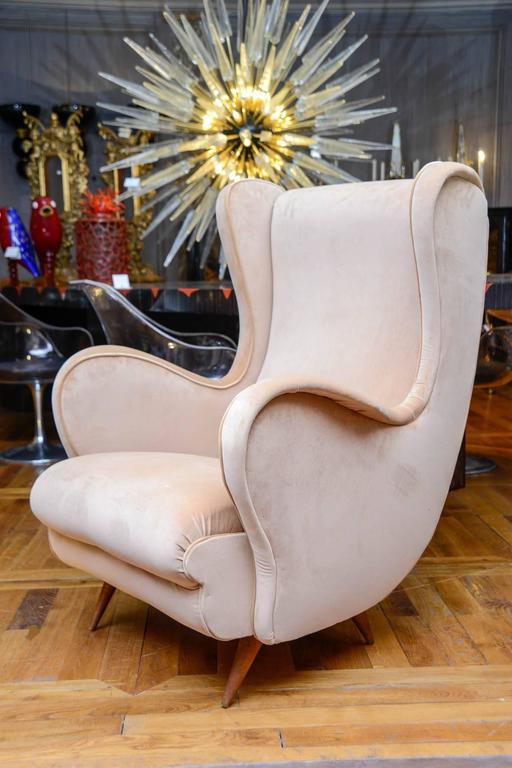 Mid-20th Century Pair of Vintage Armchairs For Sale