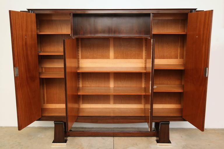 Mid-20th Century French Art Deco Cabinet in Rosewood Palissander  Attributed to Maxime Oldf For Sale
