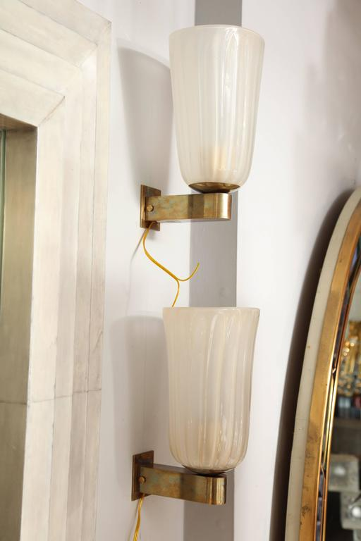 Pair of Murano Glass and Brass Wall Sconces For Sale 1