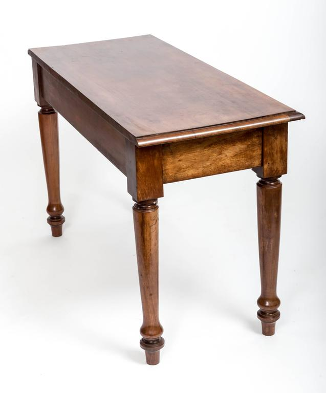 19th Century English Mahogany Serving Table For Sale 5