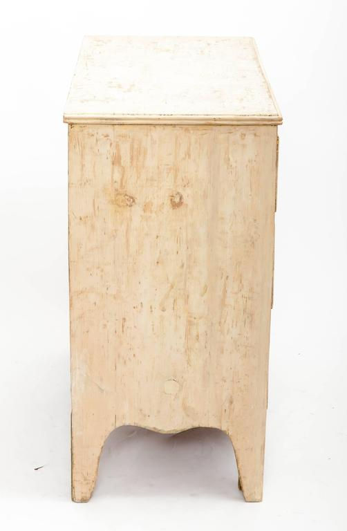 Early 19th Century Painted Chest Original Paint, England, circa 1840 4