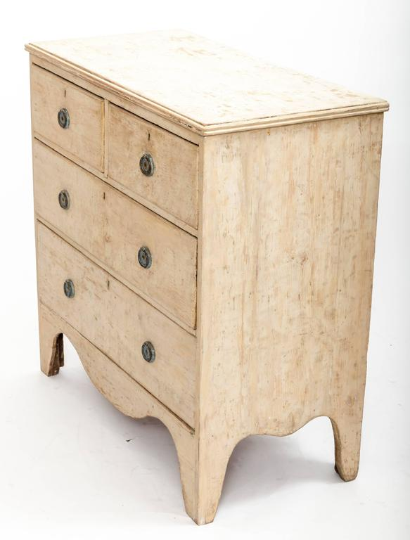 Early 19th Century Painted Chest Original Paint, England, circa 1840 For Sale 3