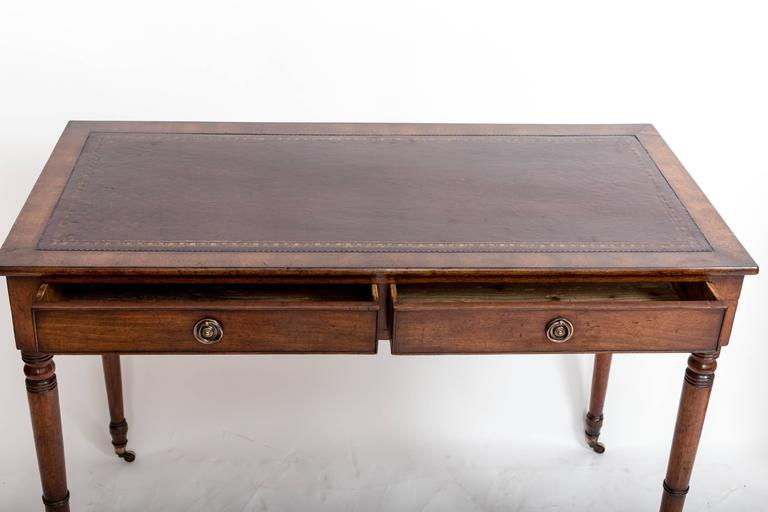 19th Century Mahogany Writing Table, England, circa 1850 For Sale 1
