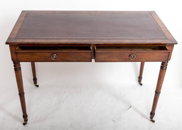 19th Century Mahogany Writing Table, England, circa 1850 For Sale 2