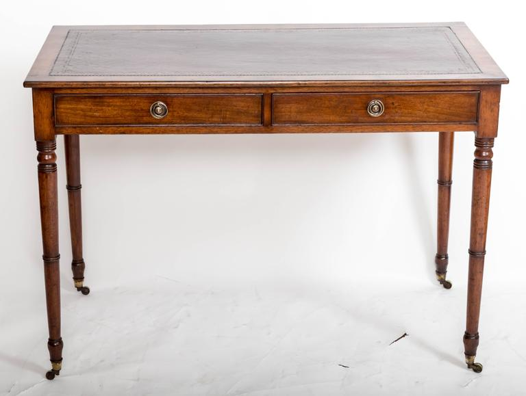 19th Century Mahogany Writing Table, England, circa 1850 For Sale 3