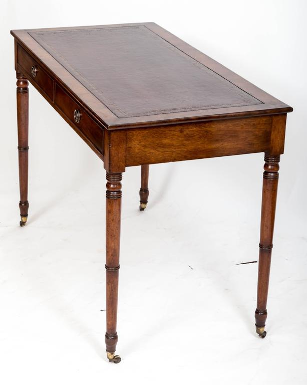 19th Century Mahogany Writing Table, England, circa 1850 For Sale 4