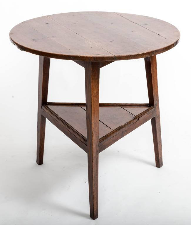 English Early 18th Century Oak Cricket Table. England, circa, 1800 For Sale